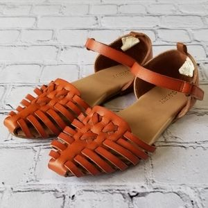 Old Navy Faux Leather Weaved Pointed Toe Sandals